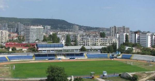 стадион, Спартак (Варна)